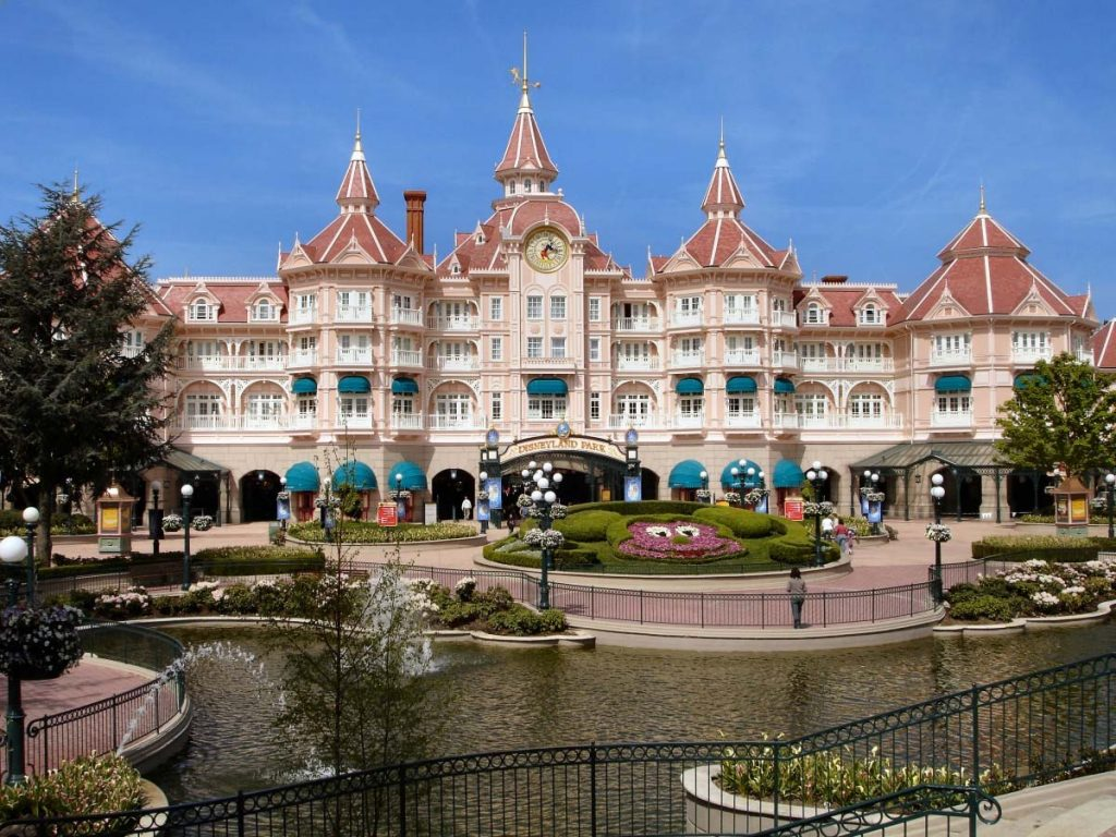 parques da disney pelo mundo: Disneyland Paris (Antiga EuroDisney)